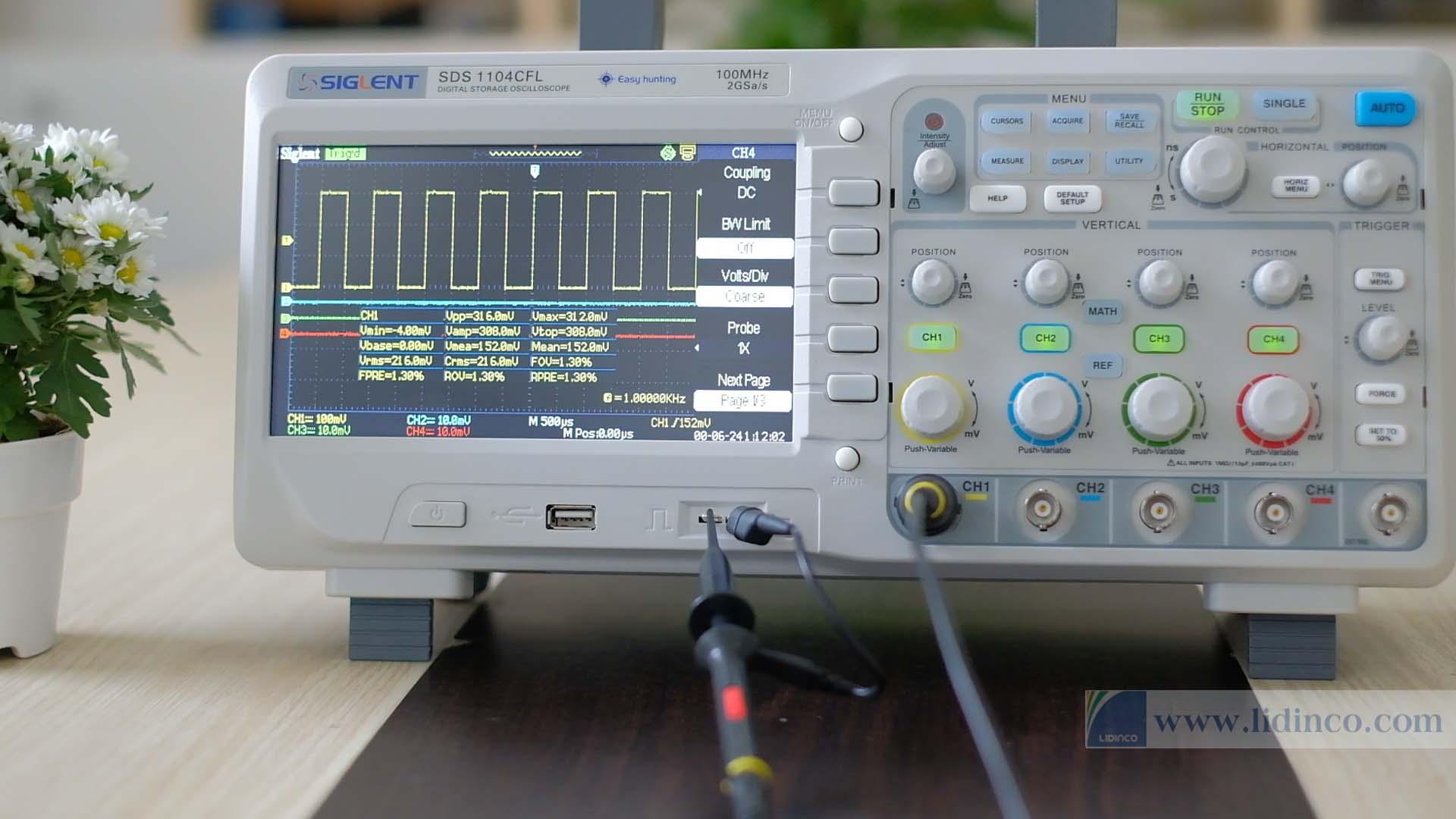 Máy hiện sóng SDS1104CFL 100MHz 4 kênh