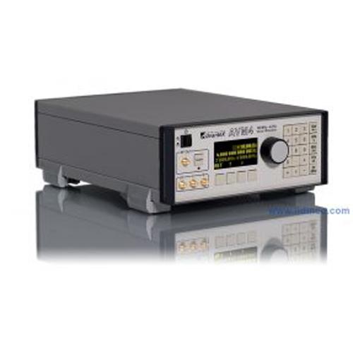 Máy phát vector Advantex AVM4 100MHz-4GHz