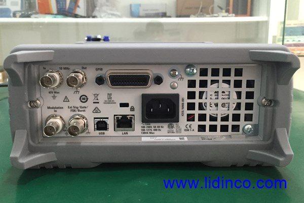 mặt sau máy phát xung, hàm Keysight 33512B, 20MHz, 2 kênh, Arb