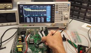 Máy phân tích phổ kiểm tra EMI giá rẻ